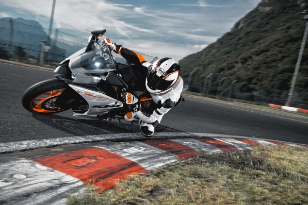 Officially Official: 2014 KTM RC390 2014 KTM RC390 13 635x422