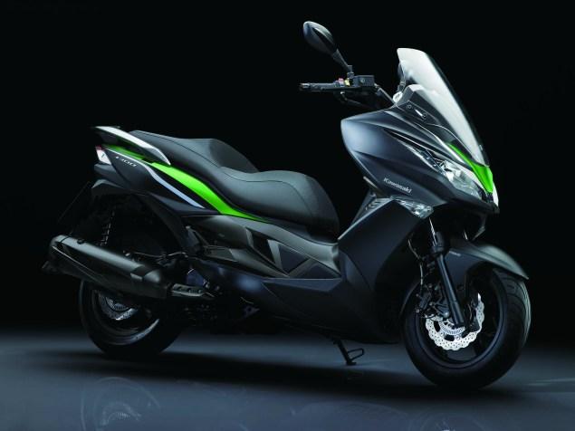 2014-Kawasaki-J300-03