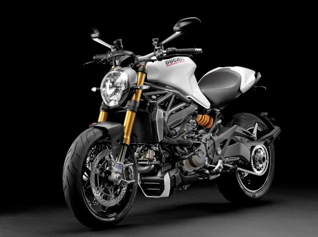 2104-Ducati-Monster-1200-S-08