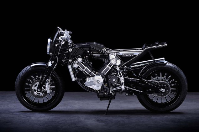 XXX: Brough Superior SS100 Brough Superior SS100 studio 03 635x422