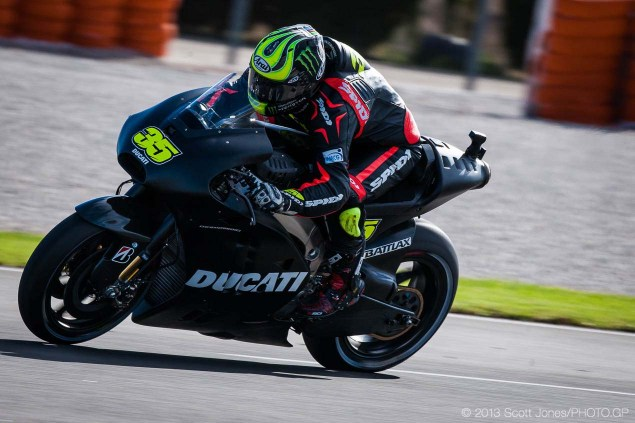 Photos: Cal Crutchlows First Day on the Ducati Desmosedici Cal Crutchlow MotoGP Ducati Corse Valencia Test Scott Jones 01 635x423