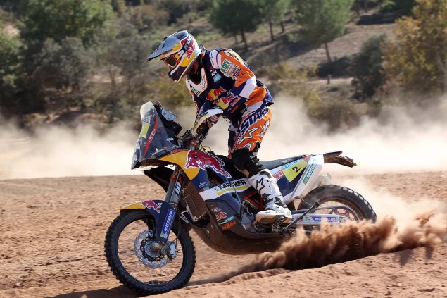 Video: KTM Readies for the 2014 Dakar Rally 2014 KTM Dakar Rally Coma 03 635x423