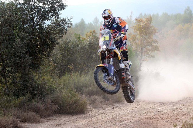 Video: KTM Readies for the 2014 Dakar Rally 2014 KTM Dakar Rally Faria 04 635x423