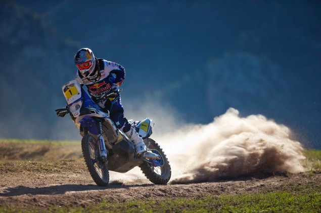 Photos: Cyril Despres & His Yamaha YZ450F Rally Race Bike Cyril Despres Yamaha YZ450F Rally action 04 635x423