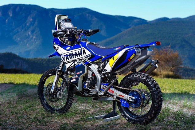 Photos: Cyril Despres & His Yamaha YZ450F Rally Race Bike Cyril Despres Yamaha YZ450F Rally still 03 635x423