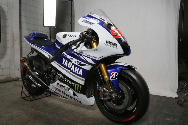 The 2014 Yamaha YZR M1 Breaks Cover in Indonesia 2014 Yamaha YZR M1 Livery 10 635x423