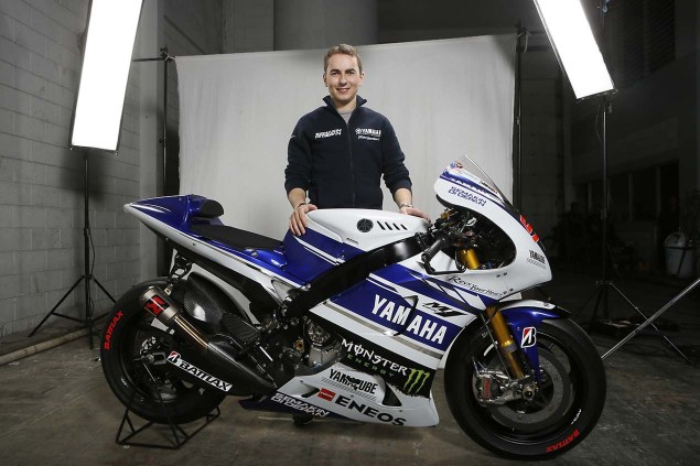 The 2014 Yamaha YZR M1 Breaks Cover in Indonesia 2014 Yamaha YZR M1 Livery 11 635x423