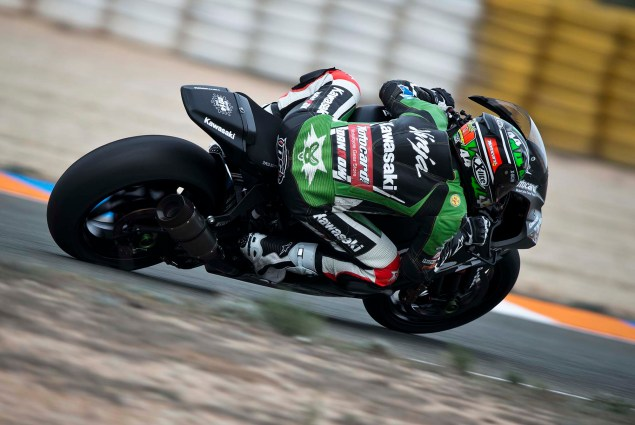Kawasaki to Compete in 2014 World Superbike Evo Class  David Salom Kawasaki Ninja ZX 10R KRT 04 635x425