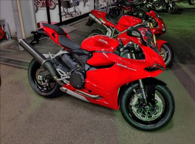 Oh No, Not Again   Ducati 899 Panigale: Japan Edition Ducati 899 Panigale Japan exhaust 02 635x469