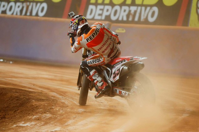 Superprestigio Dirt Track Race Results   Brad Baker Wins as Marc Marquez Crashes Out Superprestigio dirt track race photos 06 635x423