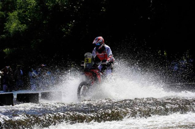 Dakar Rally   Stage 1: HRC Takes First Stage Win joan barreda hrc 2014 dakar rally stage one