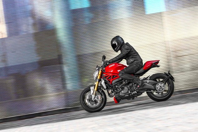 2014 Ducati Monster 1200 Mega Gallery 2014 Ducati Monster 1200 action 03 635x423