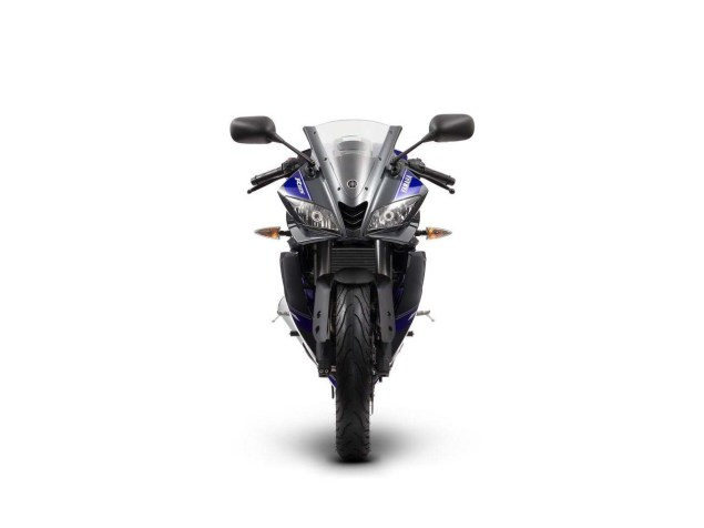 2014 Yamaha YZF R125 Debuts for Europe 2014 Yamaha YZF R125 12 635x476