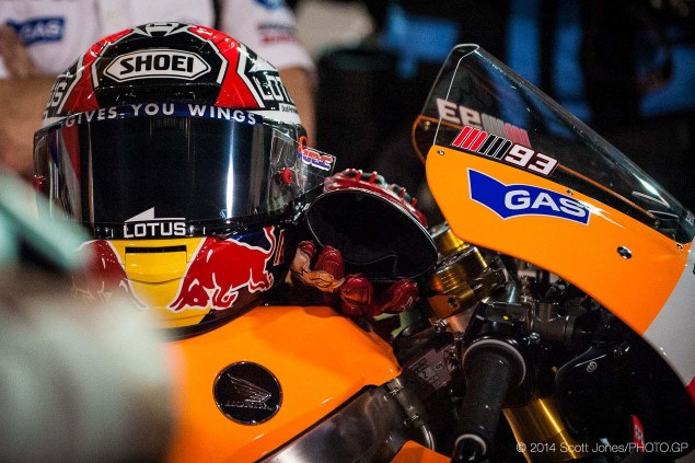 Sunday Summary at Qatar: Of Deserving Winners, Old Champions, & The Correct Way to Celebrate Victory 2014 MotoGP Qatar GP Sunday Scott Jones 03 635x423