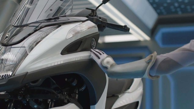 Yamaha YZF R3 and More to Debut Next Week? Yamaha RevStation teaser 02 635x356