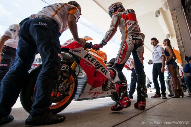 2014-Saturday-COTA-Austin-MotoGP-Scott-Jones-09