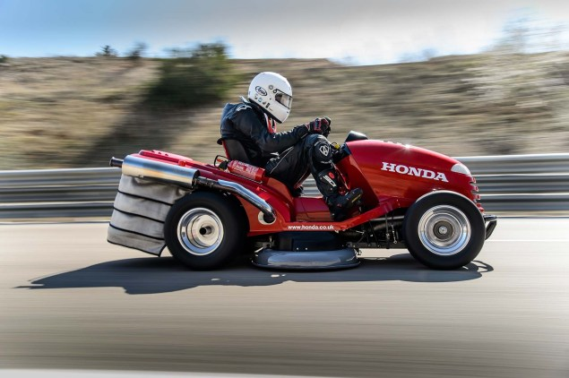 Honda Breaks World Record for Fastest Lawn Mower Honda HF2620 Mean Mower lawnmower land speed record 11 635x422