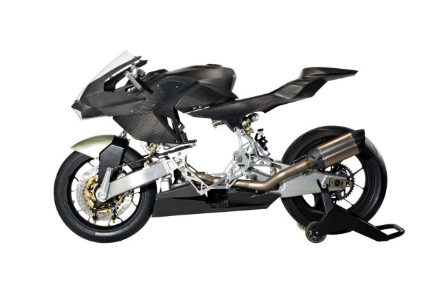 Transform Your Honda CBR600RR into a Vyrus 986 M2 Vyrus 986 M2 kit 01 635x423