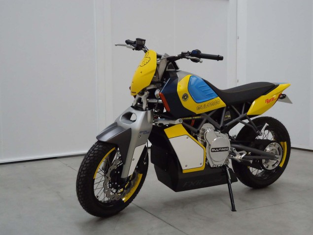 Bultaco-Rapitan-Sport-Electric-street-bike-01