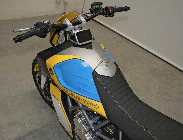 Bultaco-Rapitan-Sport-Electric-street-bike-05