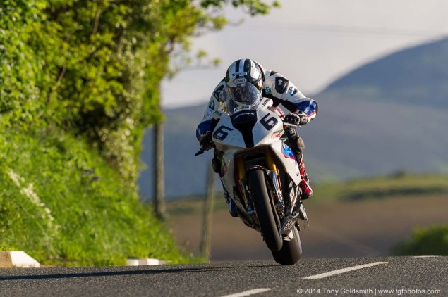 IOMTT: Cronk y Voddy with Tony Goldsmith Cronk y Voddy Straight Isle of Man TT 2014 Tony Goldsmith 04 635x422