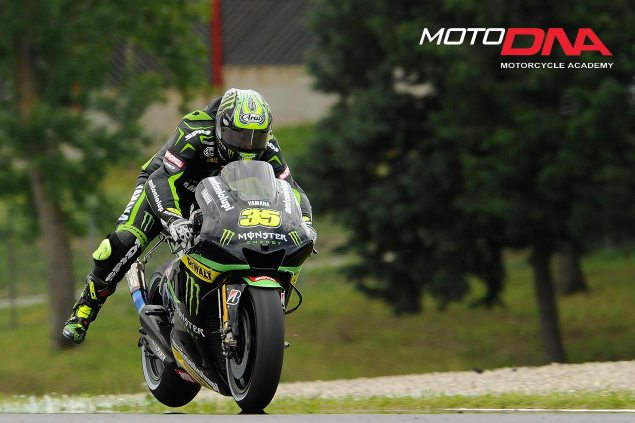Emergency-Braking-motoDNA-03