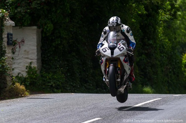 IOMTT: Ballaugh Bridge & Ballacrye with Tony Goldsmith 2014 Isle of Man TT Ballacrye Tony Goldsmith 03 635x422