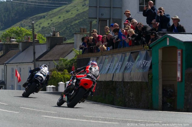 IOMTT: Ballaugh Bridge & Ballacrye with Tony Goldsmith 2014 Isle of Man TT Ballaugh Bridge Tony Goldsmith 02 635x422