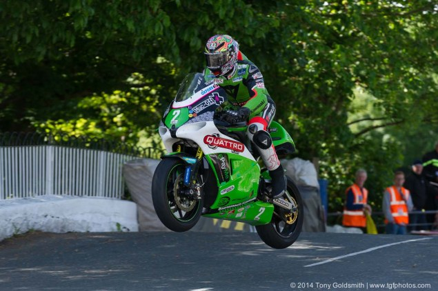 IOMTT: Ballaugh Bridge & Ballacrye with Tony Goldsmith 2014 Isle of Man TT Ballaugh Bridge Tony Goldsmith 05 635x422