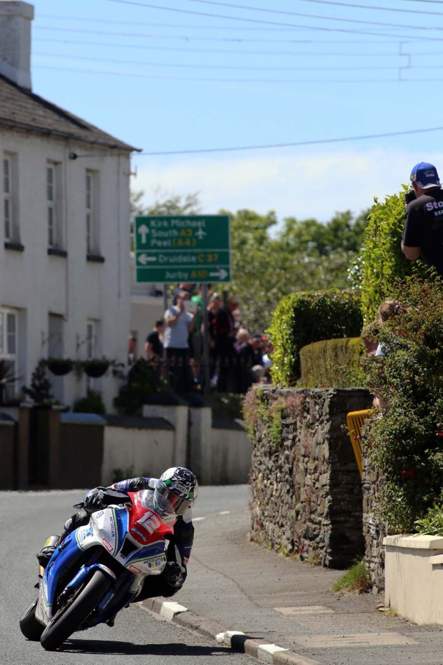 IOMTT: Ballaugh with Richard Mushet 2014 Isle of Man TT Ballaugh Richard Mushet08 635x952