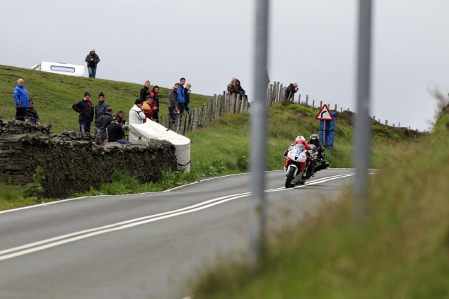 IOMTT: Kates Cottage with Richard Mushet 2014 Isle of Man TT Kates Cottage Richard Mushet 11 635x423