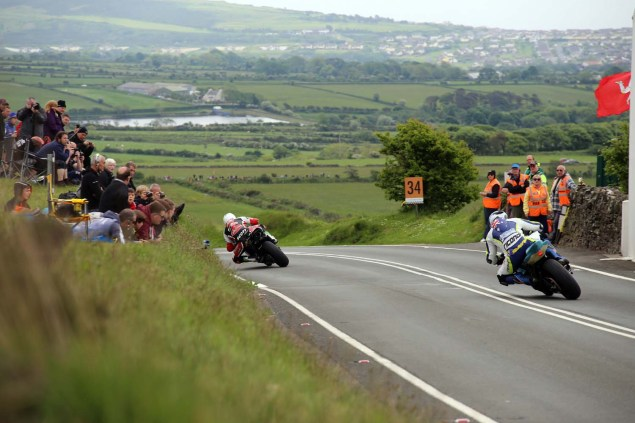 IOMTT: Kates Cottage with Richard Mushet 2014 Isle of Man TT Kates Cottage Richard Mushet 12 635x423