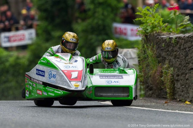 IOMTT: Union Mills & Grandstand with Tony Goldsmith 2014 Isle of Man TT Union Mills Tony Goldsmith 01 635x422