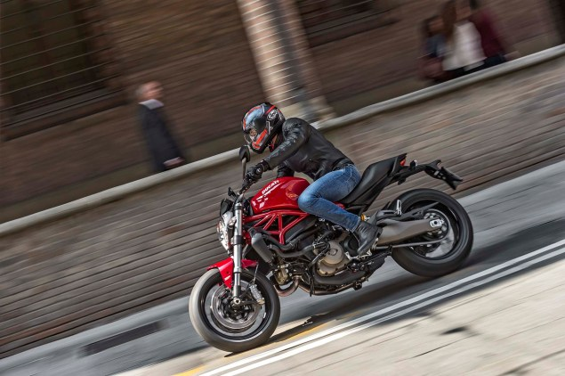 2015 Ducati Monster 821 Mega Gallery 2015 Ducati Monster 821 04 635x422