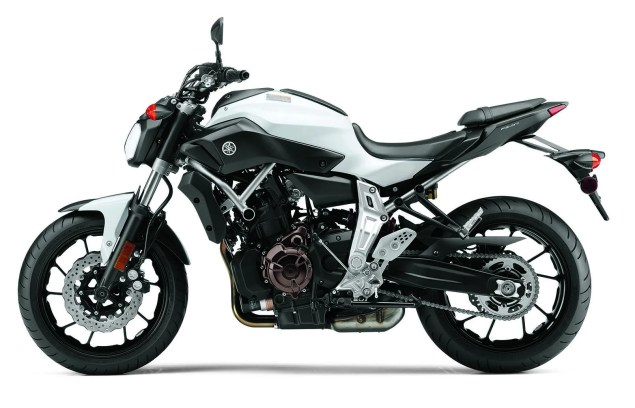 Dont Call It the MT 07, Yamaha FZ 07 Coming to the USA 2015 Yamaha FZ 07 01 635x408