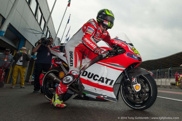 MotoGP: Assen Pit Stop Analysis   Who Won & Who Lost? Friday Assen MotoGP 2014 Dutch TT Tony Goldsmisth 01 635x422