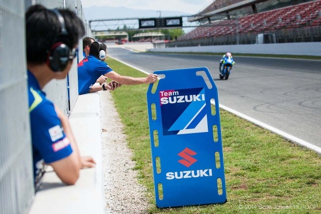 Photos of the Suzuki XRH 1 Testing at Catalunya Suzuki XRH 1 Catalunya Test MotoGP Scott Jones 05 635x423