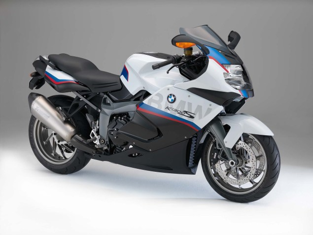 2015 BMW K1300S Motorsport   A Swan Song? 2015 BMW K1300S 03 635x476