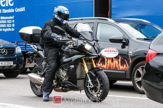 Photos: Here is the 2015 BMW S1000XR 2015 BMW S1000XR spy photos 02 635x423