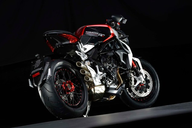 Officially Official: MV Agusta Brutale Dragster 800 RR 2015 MV Agusta Brutale Dragster 800 RR 01 635x423