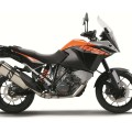2015-KTM-1050-Adventure-02