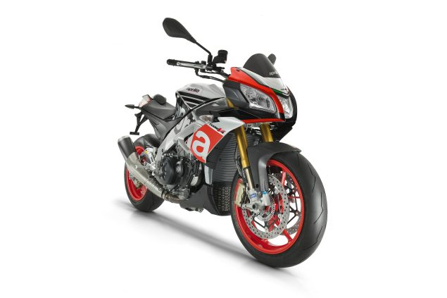 First Photo of the Aprilia Tuono V4 1100 RR aprilia tuono v4 1100 635x423