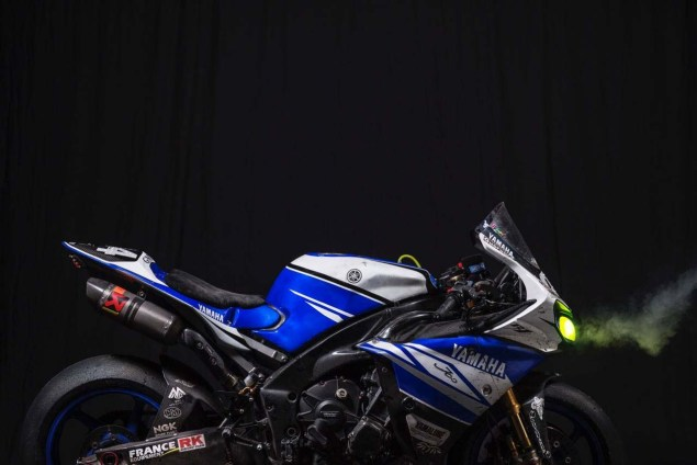 Yamaha-Racing-GMT-94-Michelin-Yamaha-R1-06