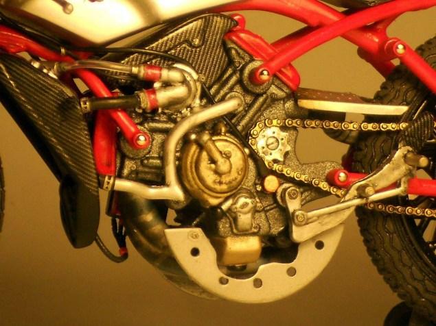 Ducati-Desmosedici-Cucciolo-Concept-Alex-Garoli-10