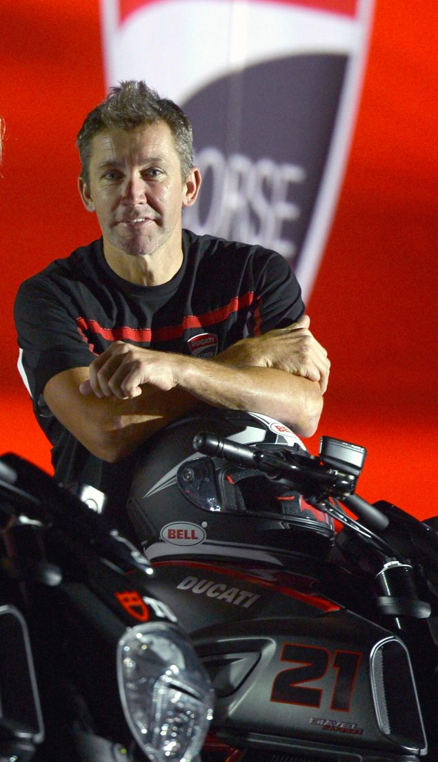 troy-bayliss-ducati