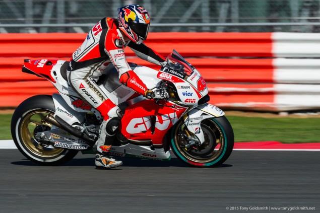 Friday-Silverstone-British-Grand-Prix-MotoGP-2015-Tony-Goldsmith-4