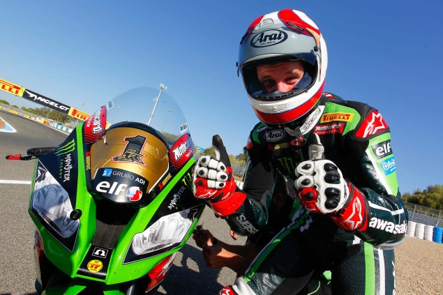 Jonathan-Rea-Kawasaki-Racing-Team-World-Superbike-WSBK-Champion-09