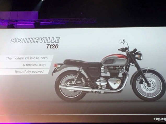 2016-Triumph-Bonneville-T120-liquid-cooled-leak-01