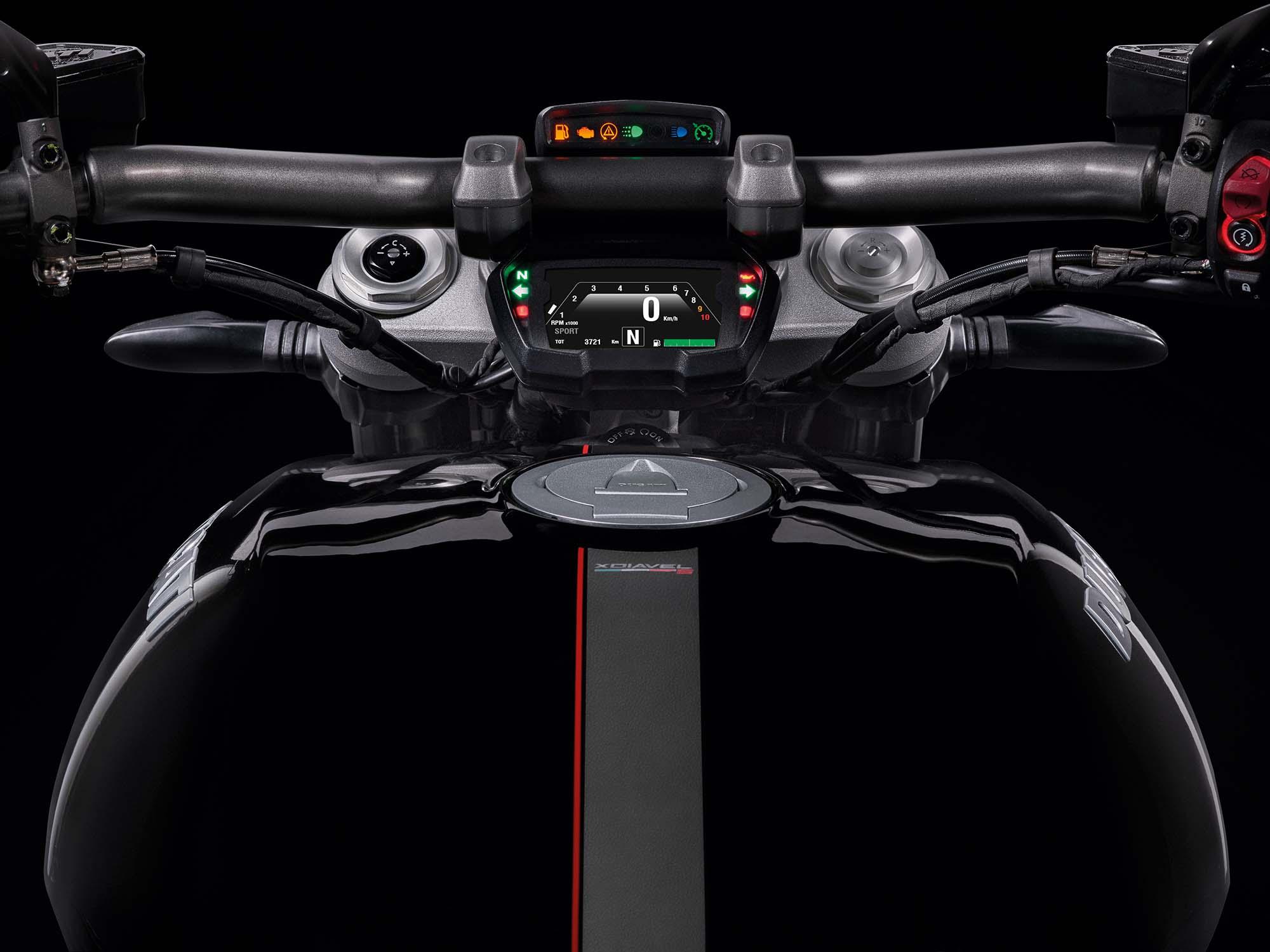 http://i2.wp.com/www.asphaltandrubber.com/wp-content/uploads/2015/11/2016-Ducati-XDiavel-S-14.jpg