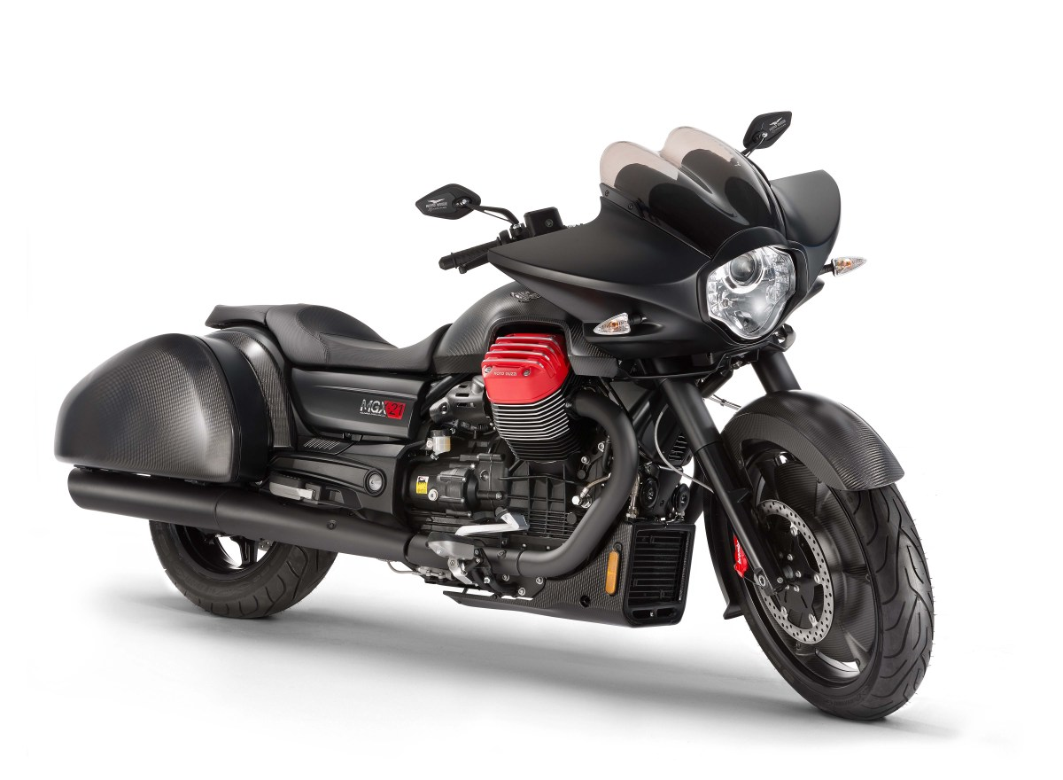 2016 Moto Guzzi MGX-21 Flying Fortress